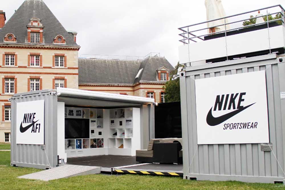 Pop Up Nike